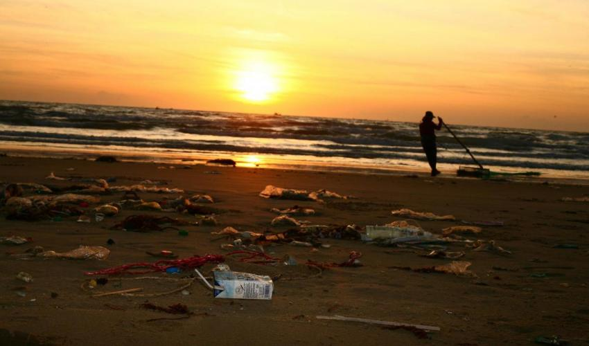 Report: the Baltic Sea binds five reports on plastics into one compilation, linked by location